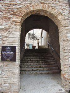 madonna i grotten